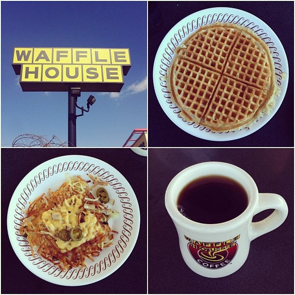 Photo taken at Waffle House by Kris K. on 3/20/2013