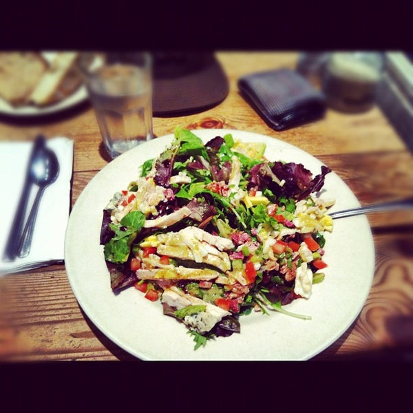 Photo taken at Le Pain Quotidien by Nano D. on 9/18/2012