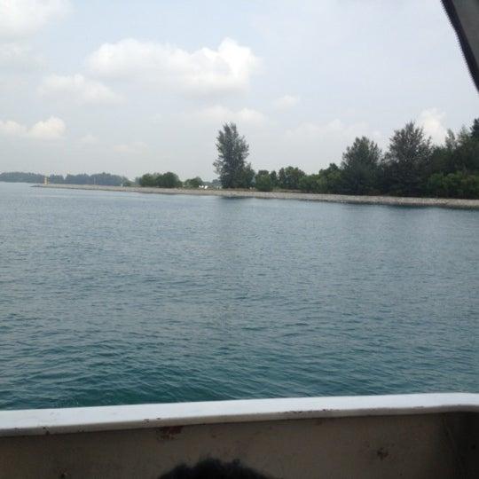 Das Foto wurde bei Tanah Merah Ferry Terminal von diana a. am 10/13/2012 aufgenommen