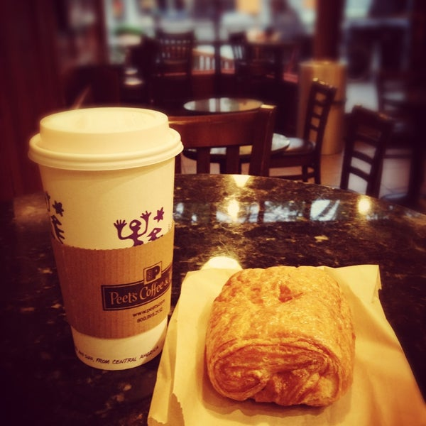 Photo taken at Peet's Coffee & Tea by Nico T. on 4/27/2013