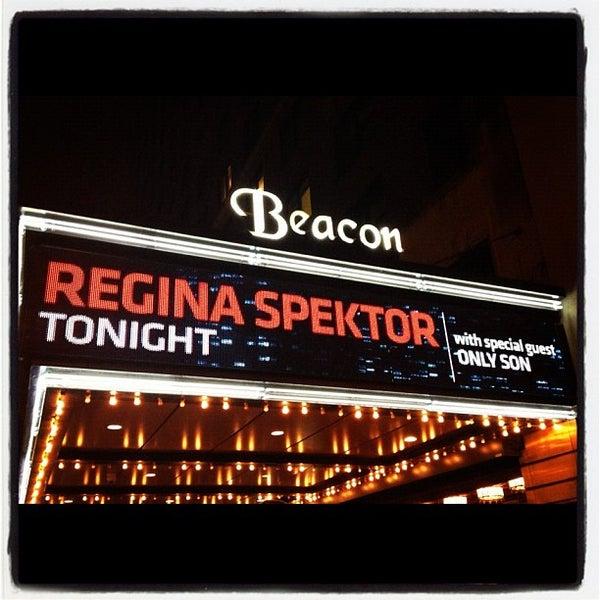 รูปภาพถ่ายที่ Beacon Theatre โดย Sara P. เมื่อ 10/25/2012