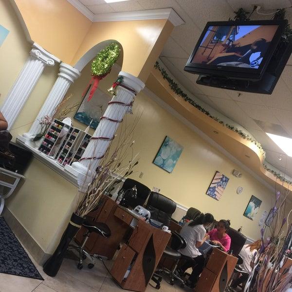 Photos at JT Nails & Spa - Salon / Barbershop in Kissimmee
