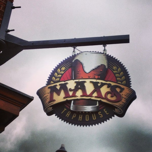 Photo taken at Max's Taphouse by Wes B. on 5/24/2013