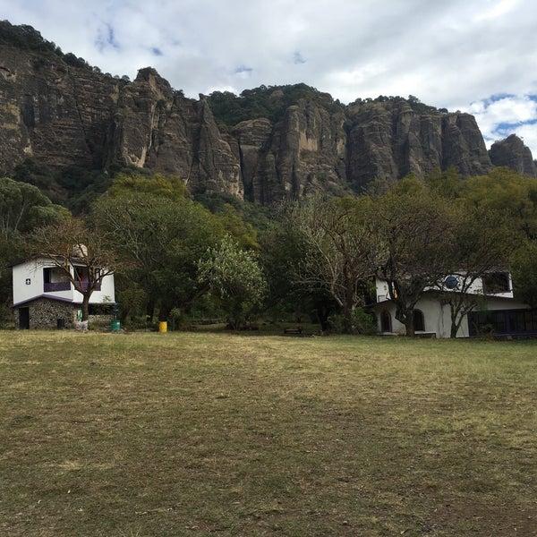 Foto tirada no(a) Campo Escuela Scout Meztitla por Tanny M. em 1/10/2016