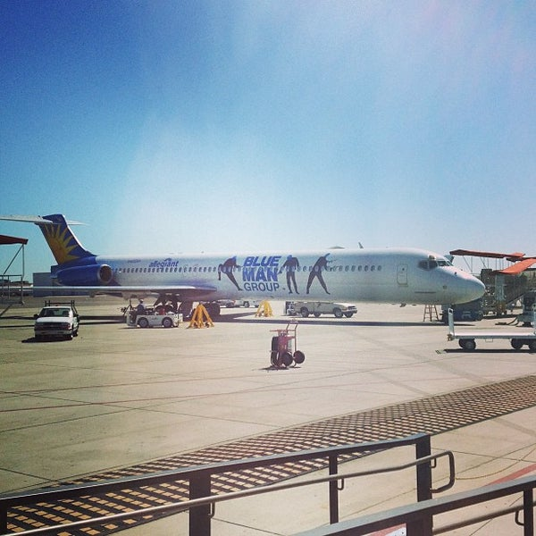 Photo taken at Phoenix-Mesa Gateway Airport (AZA) by Henry d. on 3/1/2013