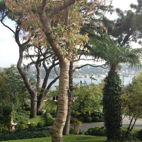 Das Foto wurde bei Sakıp Sabancı Müzesi von Özlem A. am 11/4/2012 aufgenommen