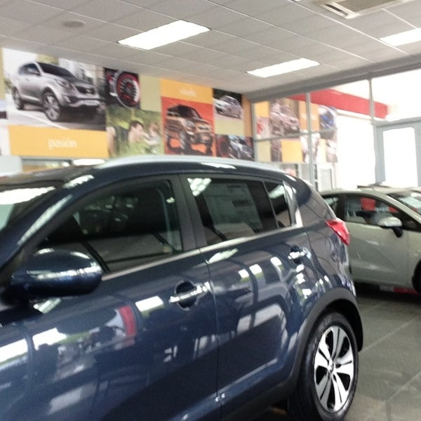 Kia Motors Auto Grupo Auto Dealership