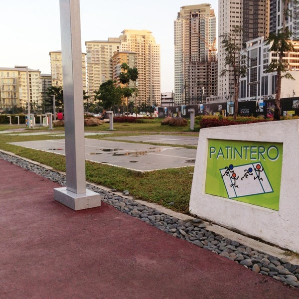Photo taken at Bonifacio High Playground by Daphne S. on 12/31/2012
