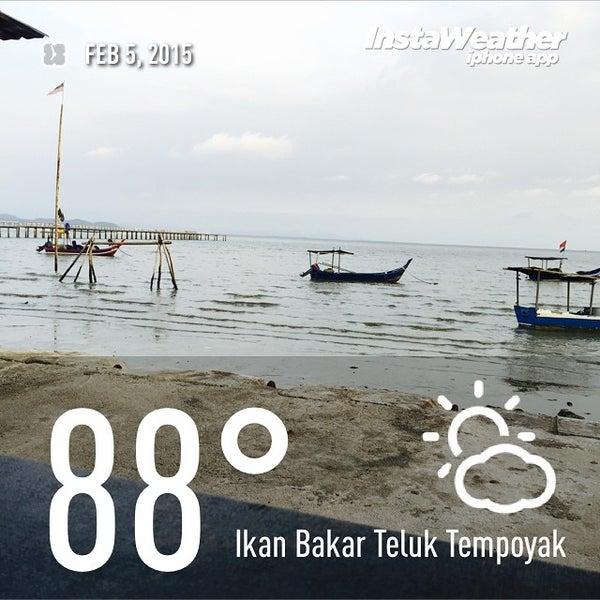 Photo taken at Teluk Tempoyak by Faizal A. on 2/5/2015