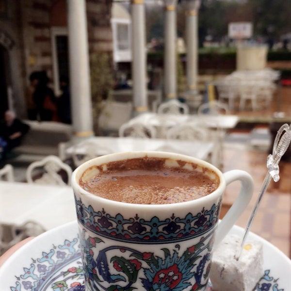 1/21/2018 tarihinde Deema A.ziyaretçi tarafından Mihri Restaurant & Cafe'de çekilen fotoğraf