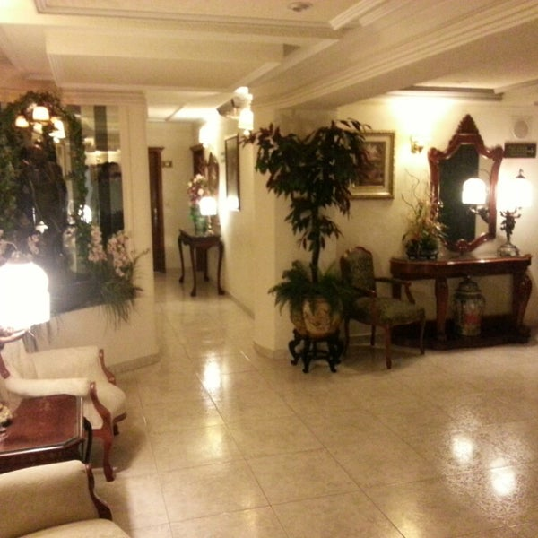 Photo taken at Aliana Hotel & Suites by Ariel A. on 7/30/2013