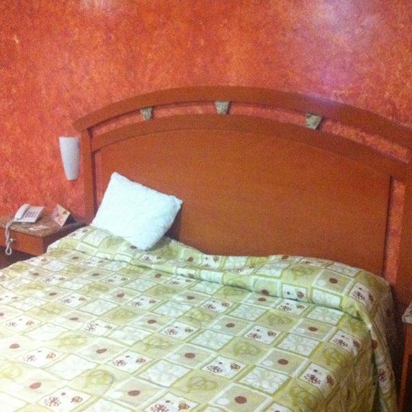 Photo taken at Áurea Hotel and Suites, Guadalajara (México) by Ruben G. on 1/29/2013
