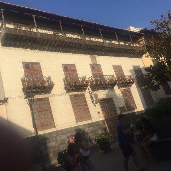 Foto tomada en La Casa De Los Balcones por Joan L. el 8/12/2016