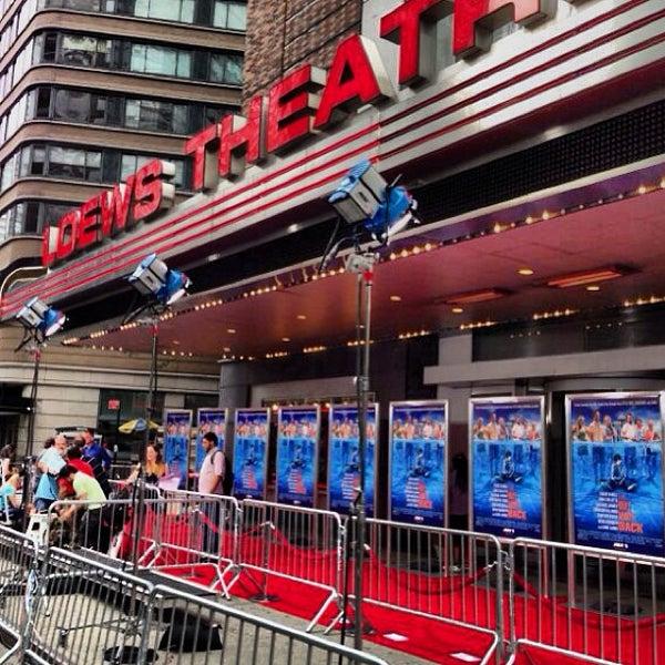 Снимок сделан в AMC Loews Lincoln Square 13 пользователем Cappy P. 6/26/2013