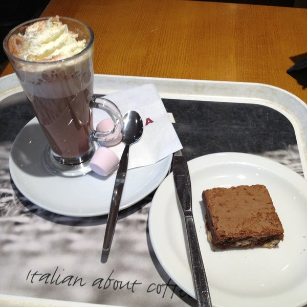 Photo taken at Costa Coffee by Soph on 2/19/2013