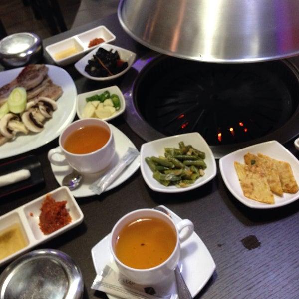 Снимок сделан в Korean BBQ гриль пользователем vezunchik 4/22/2016