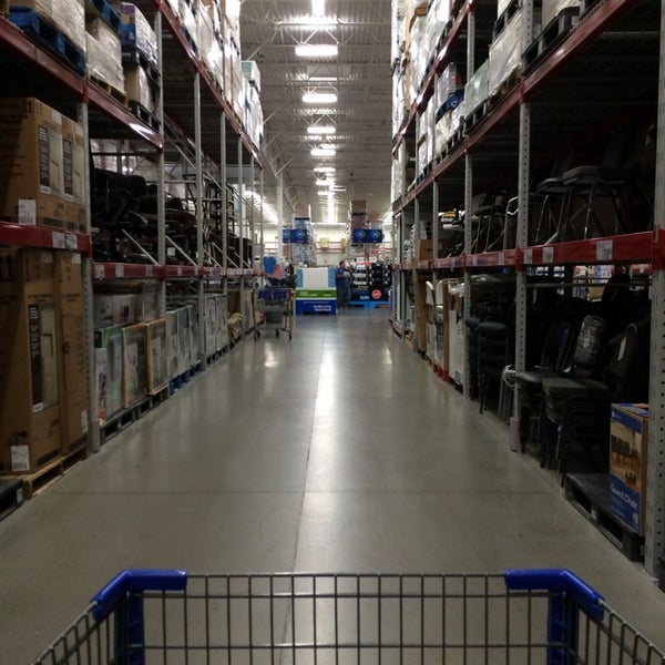 Photo taken at Sam's Club by Mark S. on 1/9/2014