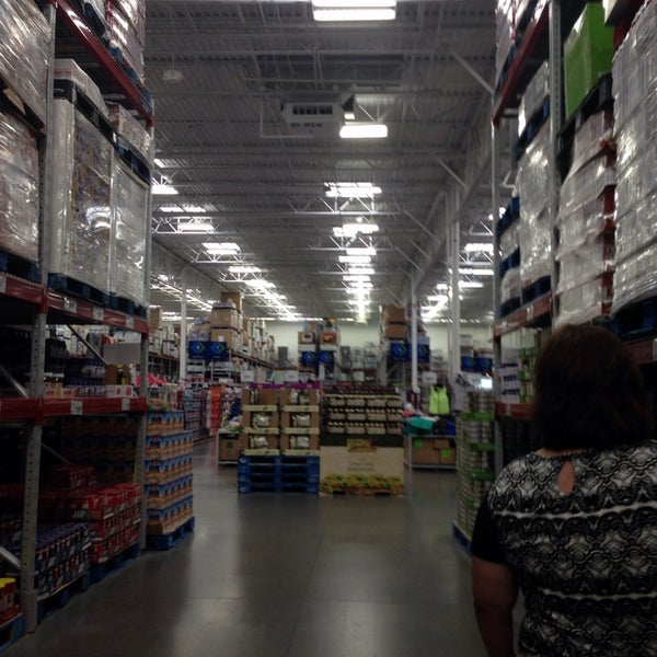 Photo taken at Sam's Club by Mark S. on 9/18/2013