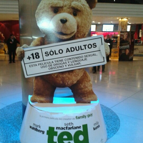 Foto tomada en Cine Hoyts por Macarena M. el 10/4/2012