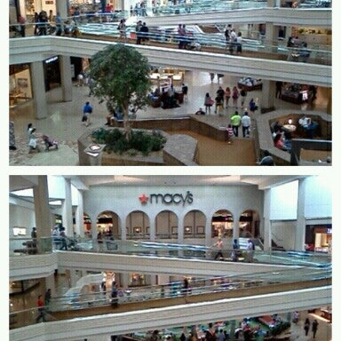 Photo taken at Woodfield Mall by Vivian L. on 6/1/2013