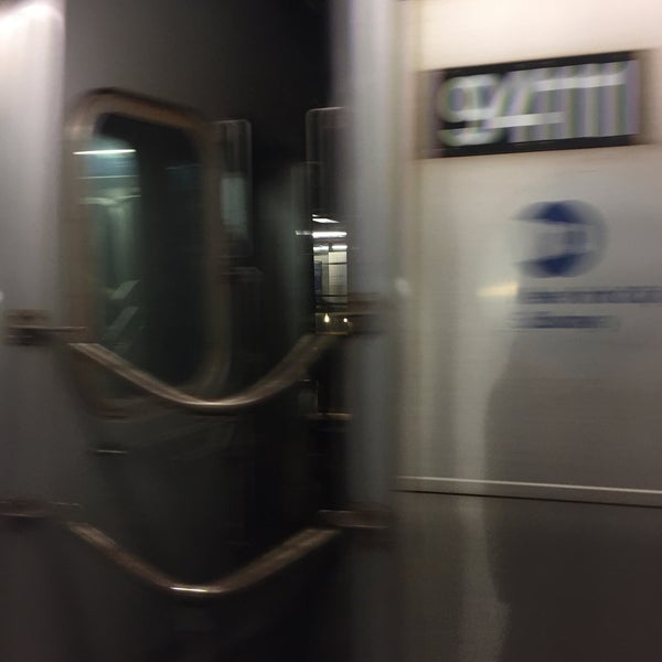 Photo taken at MTA Subway - Carroll St (F/G) by Kirk L. on 5/30/2017