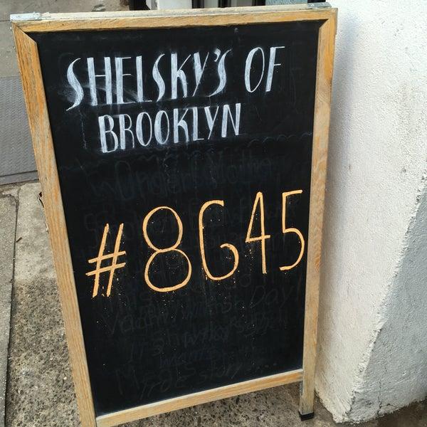 Foto scattata a Shelsky's of Brooklyn da Kirk L. il 2/24/2018