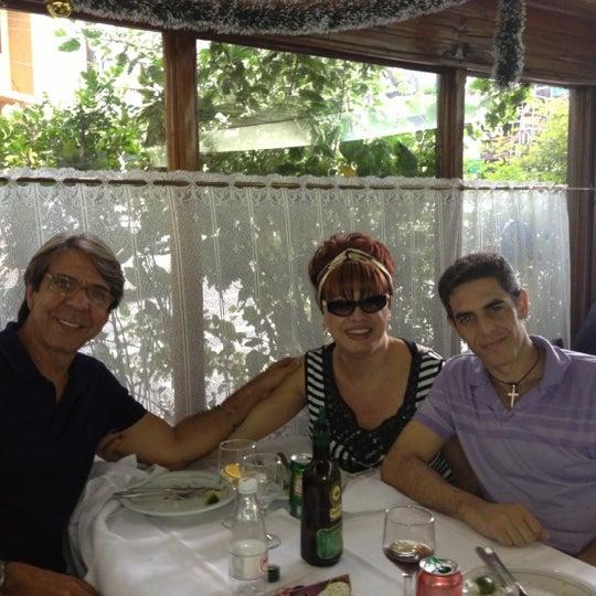 Foto tirada no(a) Restaurante Planeta's por (Lotado) Moraes Jr em 12/1/2012