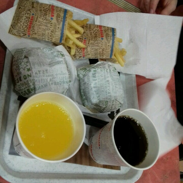 Photo taken at Hesburger by Armīns K. on 12/18/2016