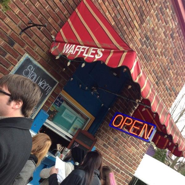 Foto tirada no(a) The Waffle Window por Jim F. em 2/8/2013