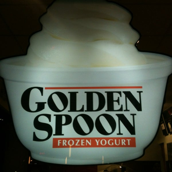 Photo taken at Golden Spoon by Cameroon on 1/27/2014