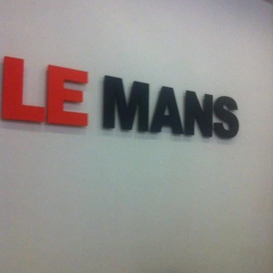 Снимок сделан в Le Mans пользователем Евгений К. 9/15/2012