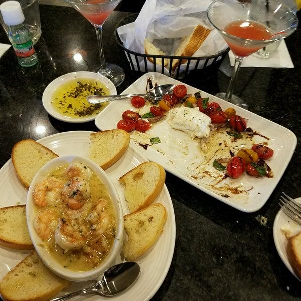 Photo taken at Carrabba's Italian Grill by Jodi B. on 7/30/2016