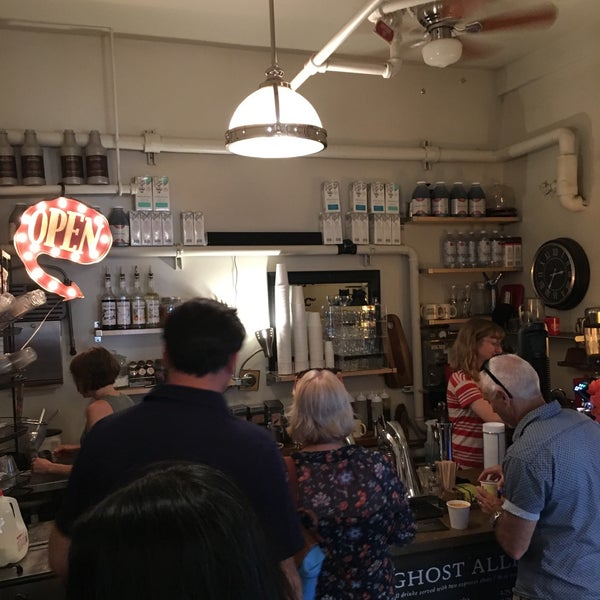 Photo taken at Ghost Alley Espresso by Raj P. on 5/26/2017