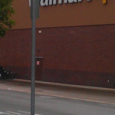 Снимок сделан в Walmart Supercenter пользователем MsTricey_ 1. 10/10/2012