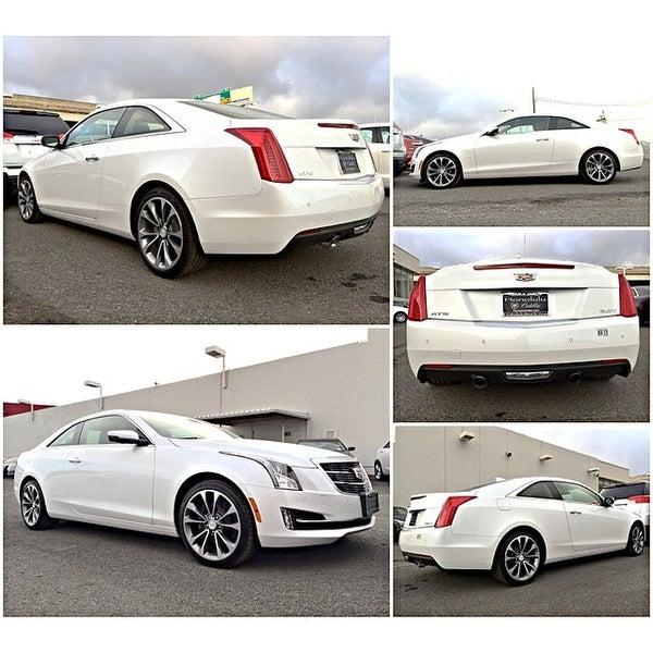 Photo taken at Honolulu Buick GMC Cadillac by Klinton K. on 3/26/2015
