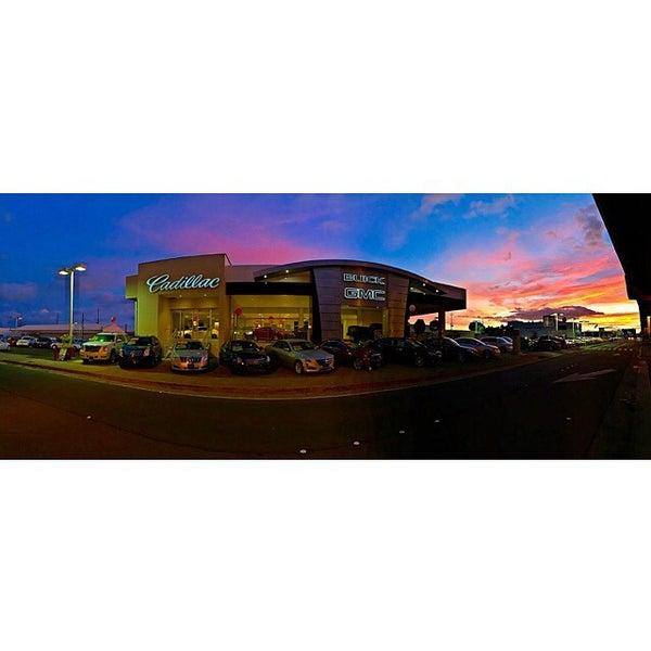 Photo taken at Honolulu Buick GMC Cadillac by Klinton K. on 9/27/2014