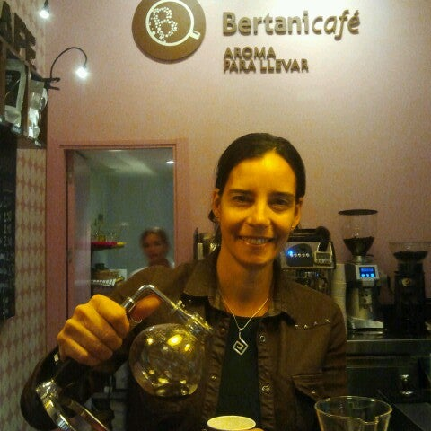 Foto tomada en Bertani Cafe por constanza l. el 10/31/2013