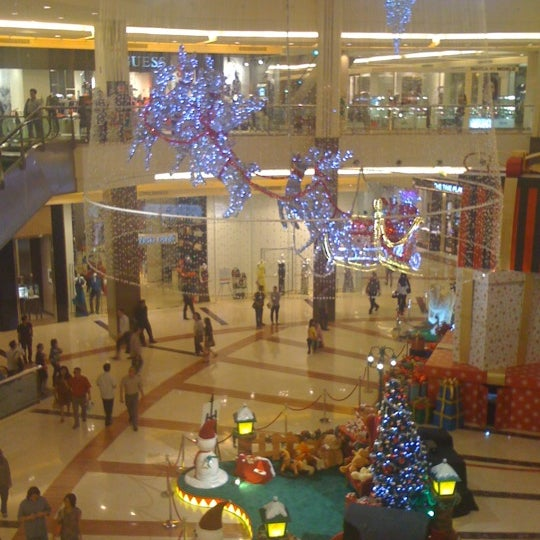 Photo taken at Pacific Place by Caroline H. on 11/29/2012