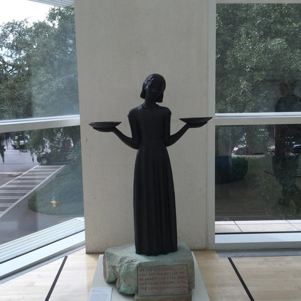Photo taken at Telfair Museums' Jepson Center by Cherie W. on 10/25/2015