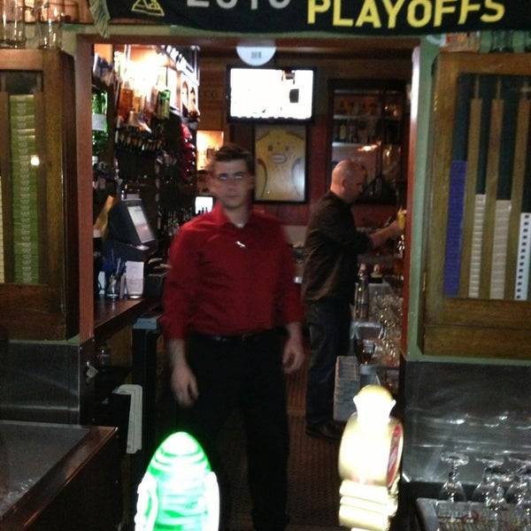 Photo taken at Fado Irish Pub & Restaurant by Nobuyuki A. on 2/26/2013