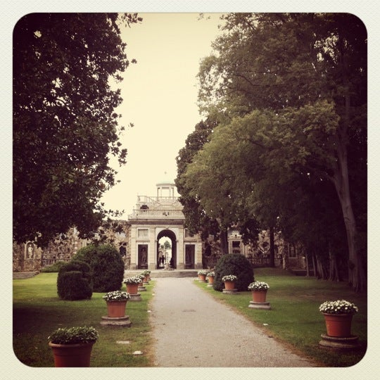 Photo taken at Villa Visconti Borromeo Litta by Marco on 9/2/2012