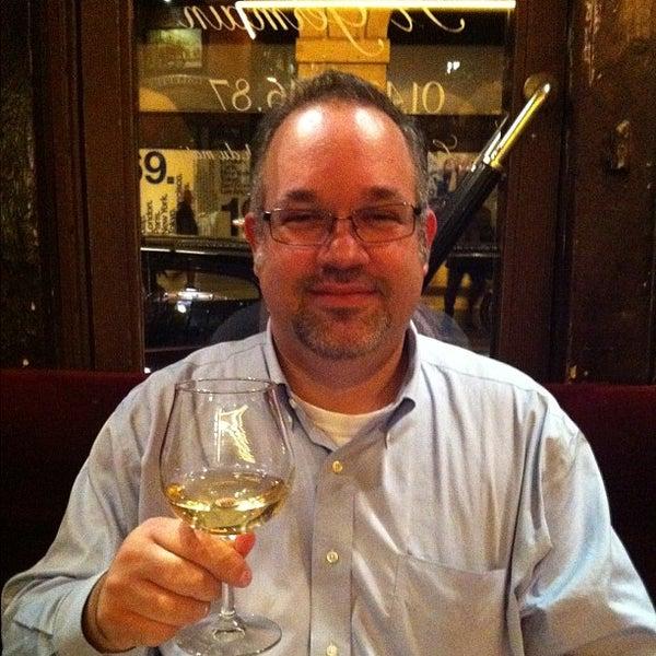 Photo prise au Hôtel des Deux Continents par Matthew H. le10/17/2011
