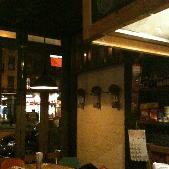 Foto tomada en Pure Thai Cookhouse por K@rTh!kk R. el 1/7/2012