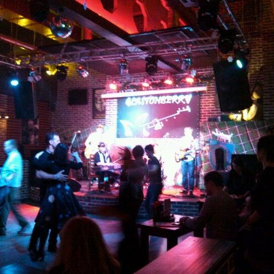 Снимок сделан в Glastonberry Pub пользователем Dmitry S. 4/12/2012
