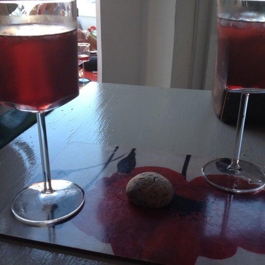 9/9/2012 tarihinde Benan Ö.ziyaretçi tarafından Ada Cafe'de çekilen fotoğraf