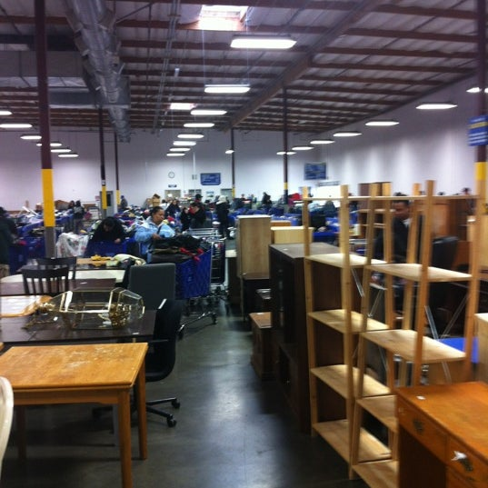 goodwill outlet store building in hillsboro. Black Bedroom Furniture Sets. Home Design Ideas