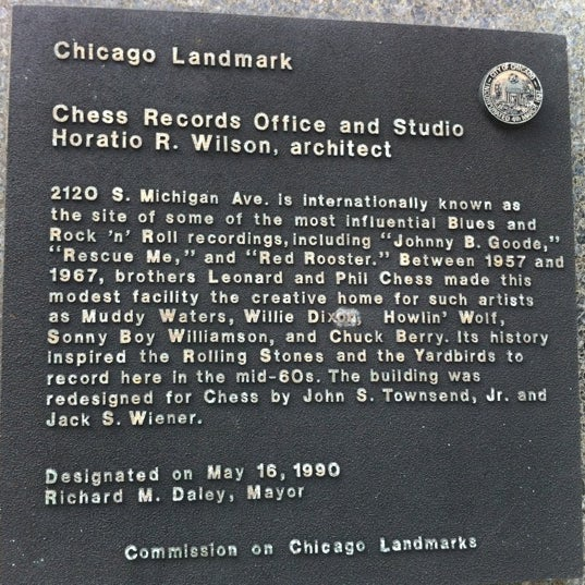 Photo taken at Willie Dixon's Blues Heaven Foundation, Historic Site of Chess Records by Pete H. on 9/22/2011