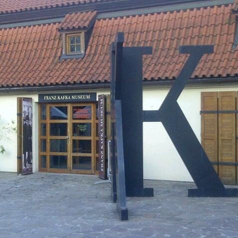 7/8/2012 tarihinde Alex F.ziyaretçi tarafından Franz Kafka Museum'de çekilen fotoğraf