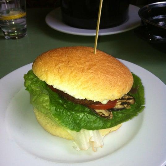 Photo taken at Cafe Lombok by Joop K. on 8/31/2012