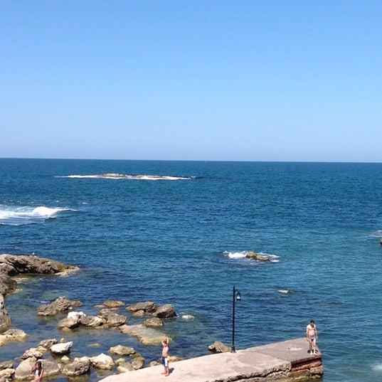 8/25/2012 tarihinde Çağlaziyaretçi tarafından İyot Restaurant'de çekilen fotoğraf